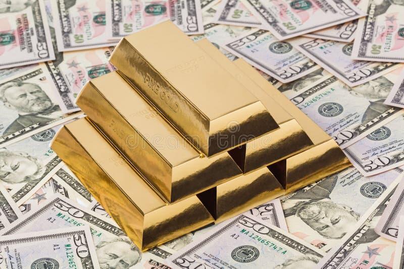 金子和金钱企业背景 免版税库存图片