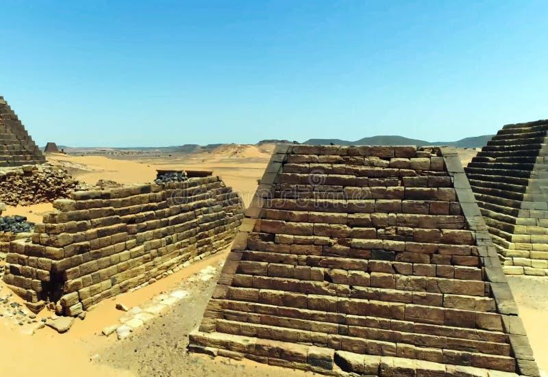 金字塔在苏丹 免版税库存照片