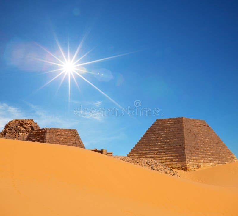 金字塔苏丹 免版税库存图片