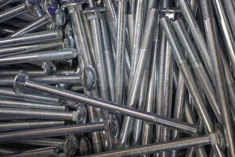 金属为铁和木零件的连接闩上 免版税图库摄影