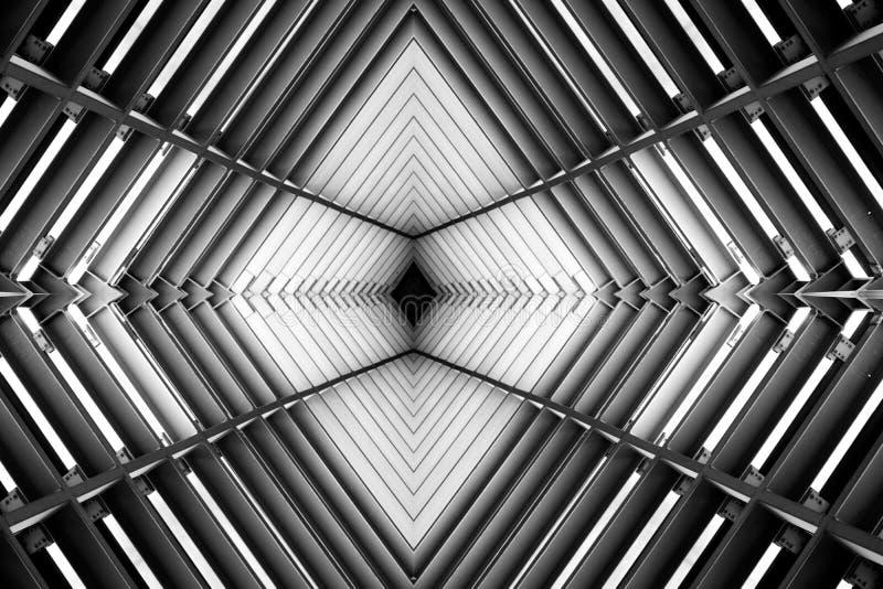 金属化结构相似与太空飞船内部黑白照片 库存图片