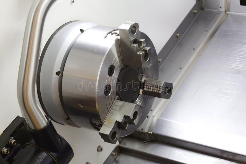 金属处理机 CNC金属工艺铣床 免版税库存照片