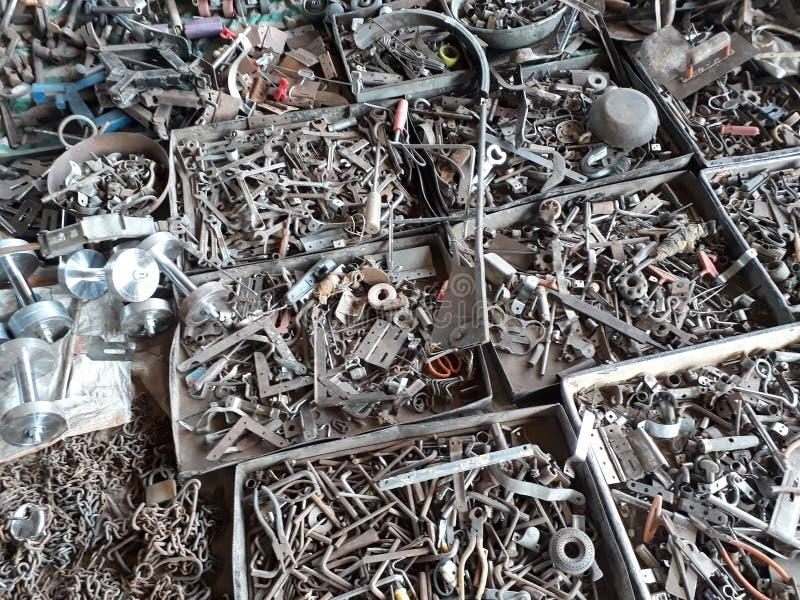 金属小残骸市场 库存照片