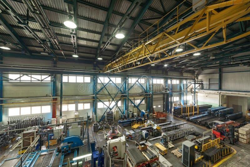 金属工艺商店的内部 现代工业企业 库存照片