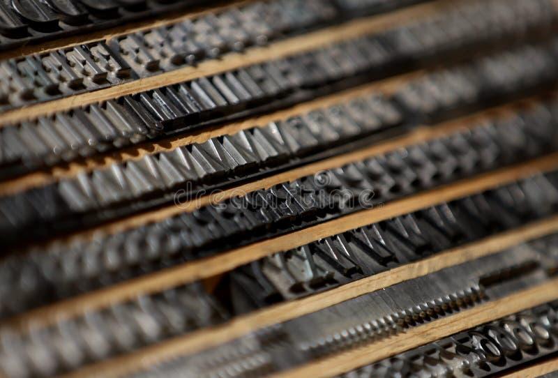 金属打印字体 库存照片