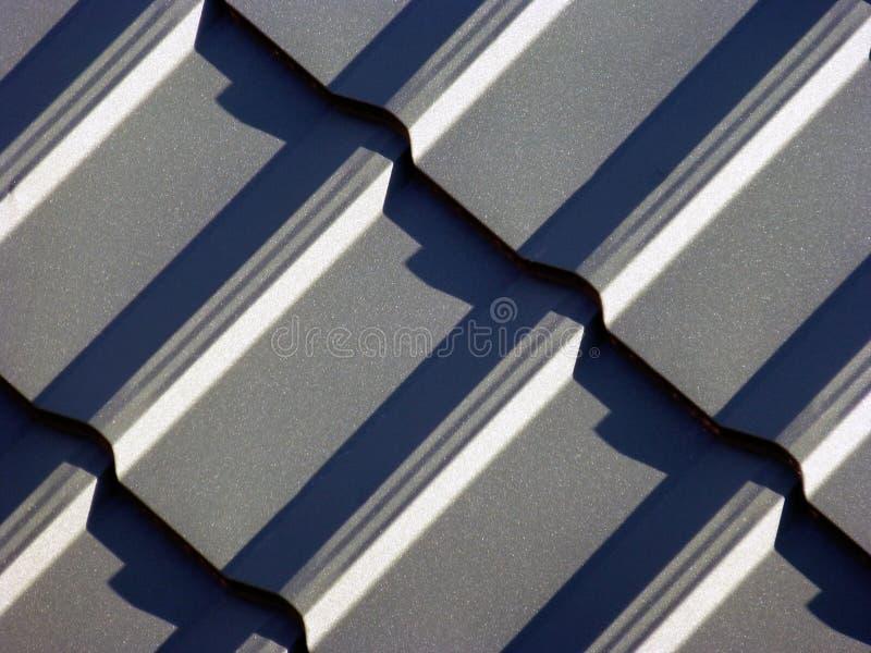 从金属片的蓝灰色屋顶 图库摄影