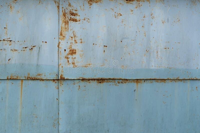 金属生锈的板料与磨蚀油漆的 免版税库存图片