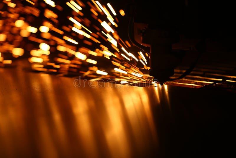 金属的工业激光机器 库存照片