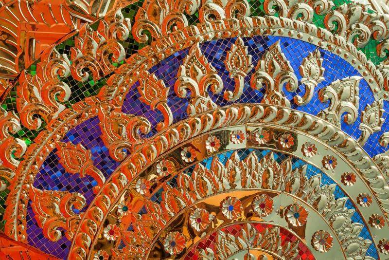 金抽象背景五颜六色的奥秘 免版税库存图片