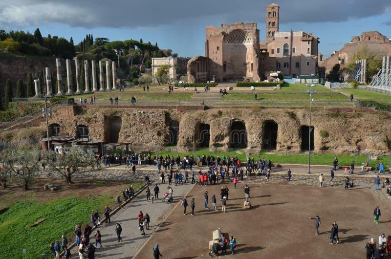 金星和罗马,康斯坦丁,天空,墙壁,古迹,历史曲拱寺庙  免版税库存图片