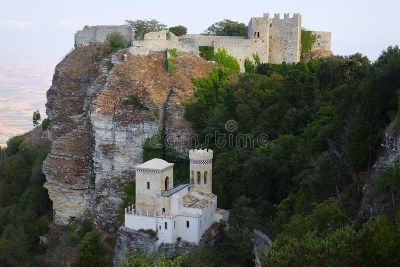 金星城堡看法和托雷塔Pepoli防御 库存照片