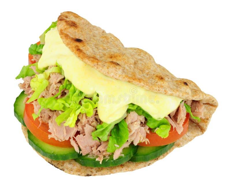 金枪鱼和沙拉三明治在被折叠的小面包干 图库摄影