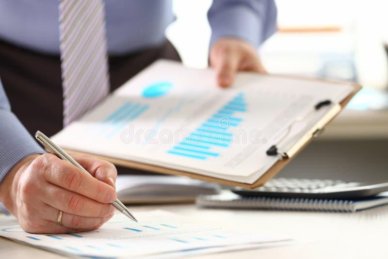 金融投资官僚税金计算 免版税库存图片
