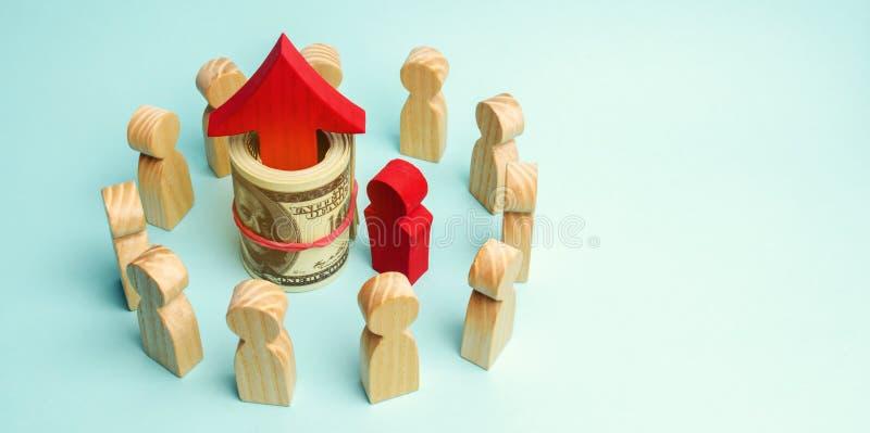 金钱和红色箭头是在队里面 a的概念 库存照片