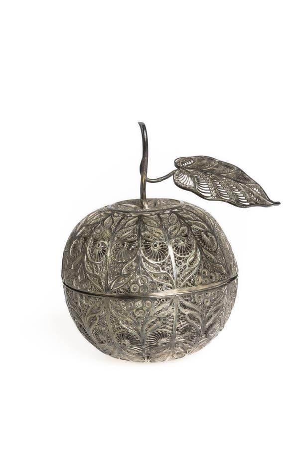 金银细丝工的银色苹果 免版税库存照片