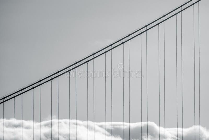 金门大桥雾 免版税库存照片