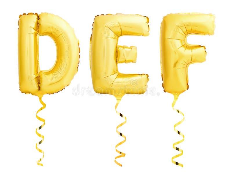 金黄信件D,E,F做了有被隔绝的丝带的可膨胀的气球在白色 免版税库存照片