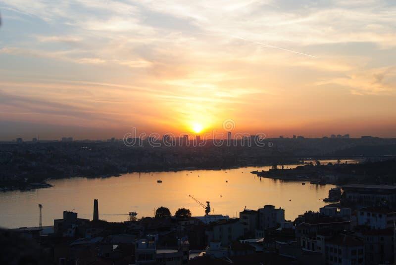 金黄垫铁伊斯坦布尔土耳其Haliç 免版税库存图片