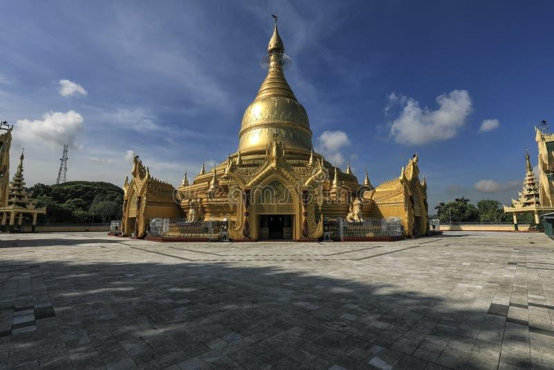 金黄塔在仰光,缅甸 库存照片