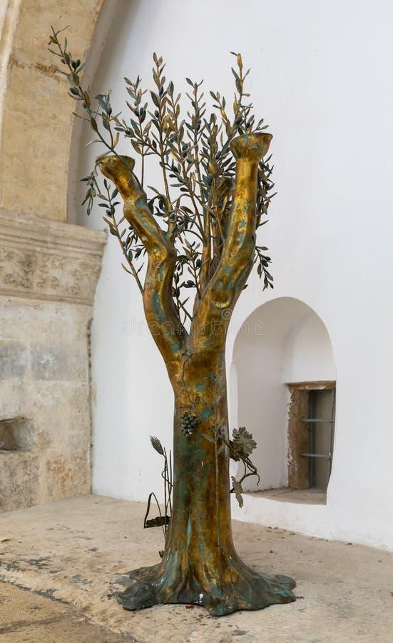 金黄橄榄树在最后的晚餐的上部屋子-餐室-在耶路撒冷,以色列老  库存图片