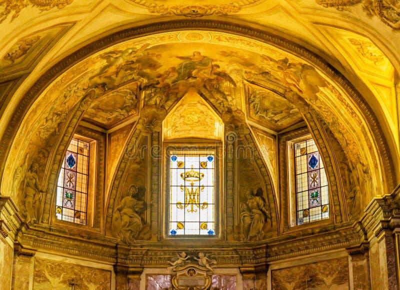 金黄法坛大教堂圣玛丽天使和受难者罗马意大利 库存照片