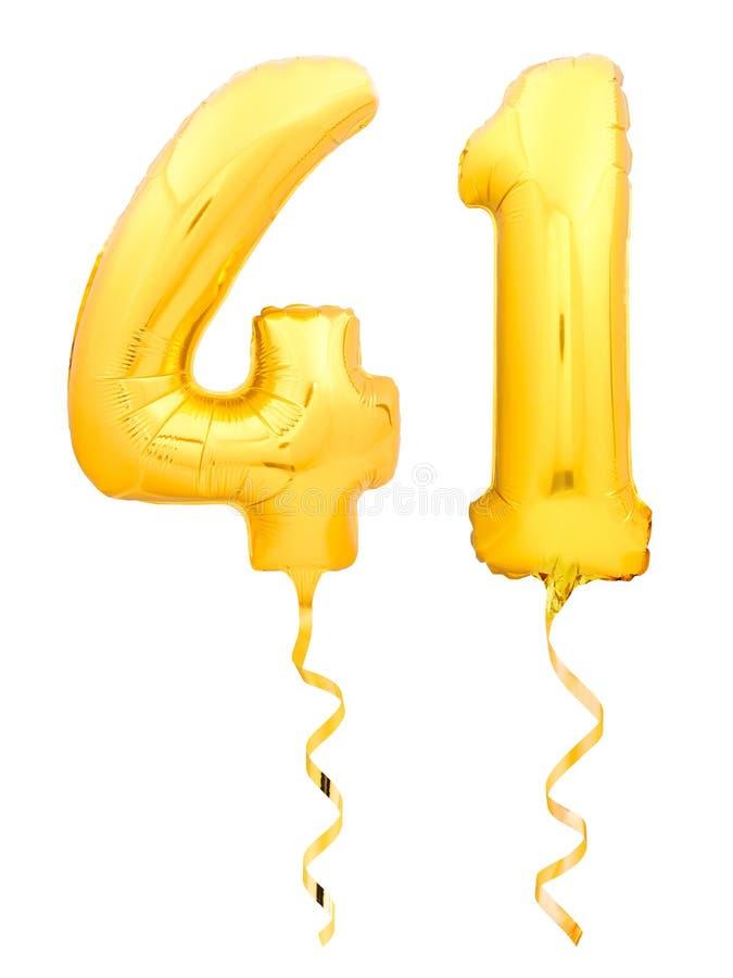 金黄第四十一41做了有丝带的可膨胀的气球在白色 免版税库存图片