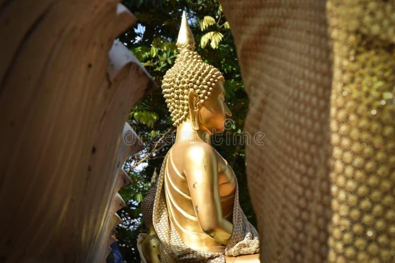 金黄佛教徒 库存照片