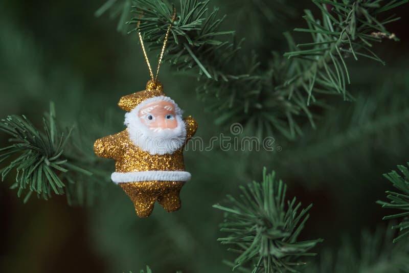 金黄圣诞老人 免版税库存照片