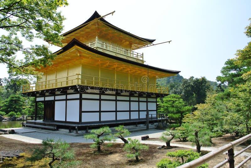 金黄寺庙Kinkaku籍在日本在京都 免版税图库摄影