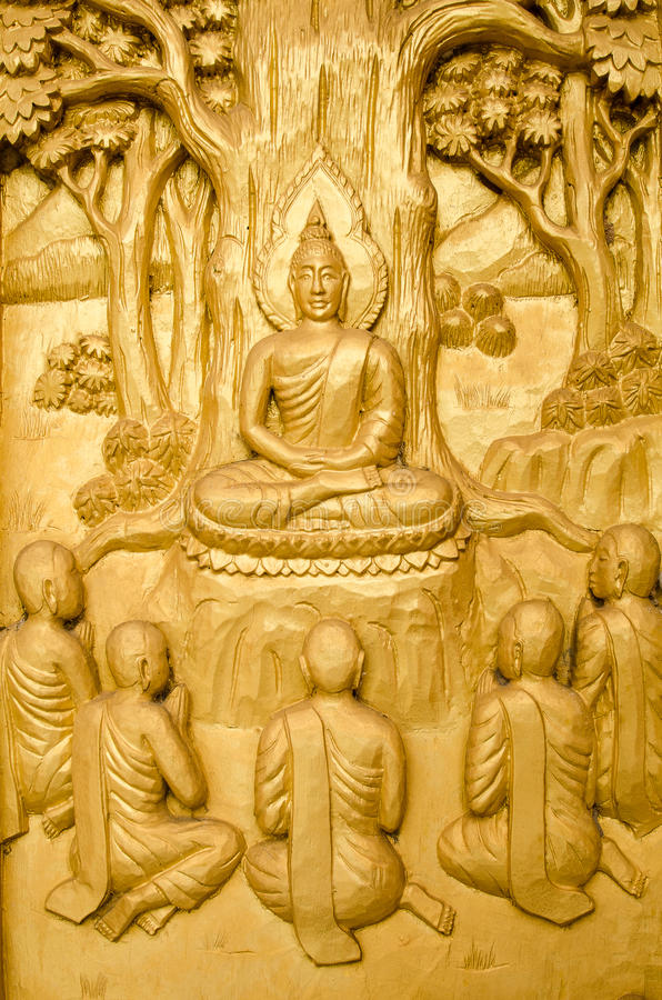 金黄木雕刻,传统泰国样式 库存图片