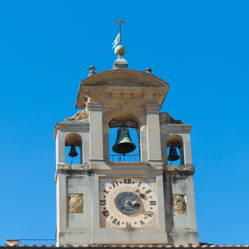 钟楼关闭圣玛丽亚della Pieve教会 免版税库存图片