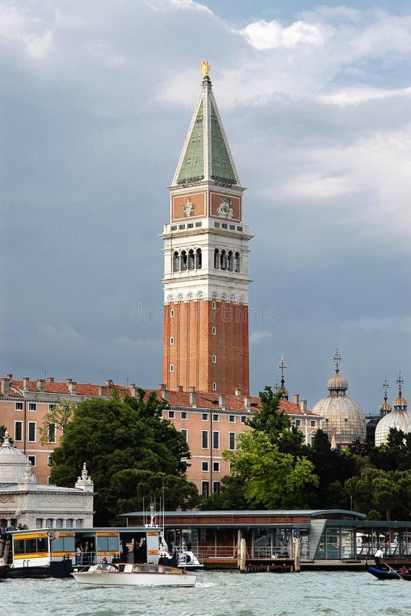 钟楼标记s圣徒 免版税库存照片