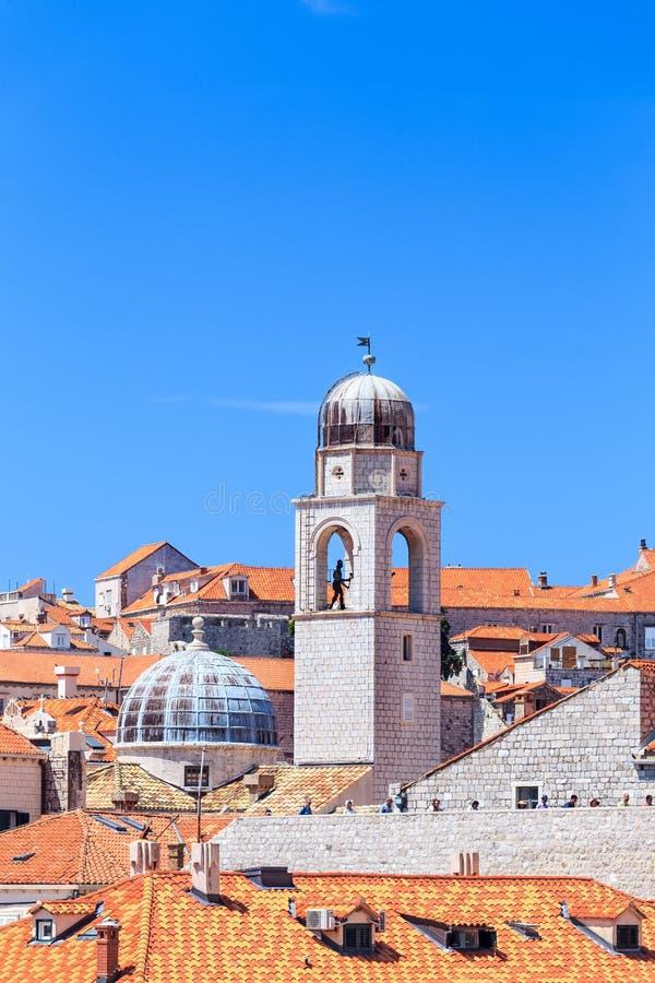 钟楼钟楼在杜布罗夫尼克,克罗地亚 免版税库存图片