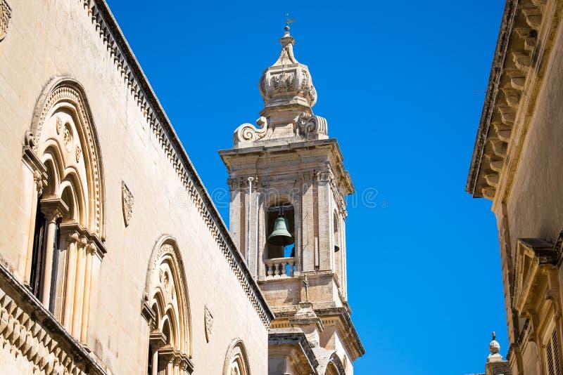 一个哥特式教会的钟楼在姆迪纳马耳他 照片拍摄时间: june 15th, 201图片