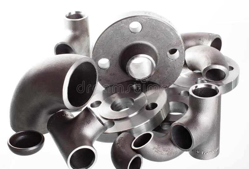 钢制焊接配件和连接器 手肘、耳轮缘和发球区域 库存照片