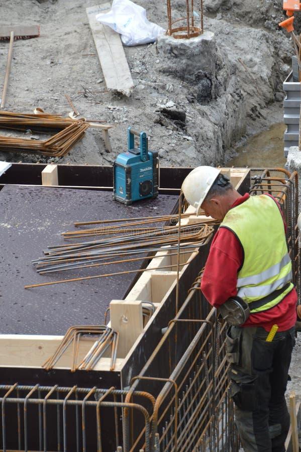 钢弯机在工作在阿姆斯特丹荷兰 图库摄影