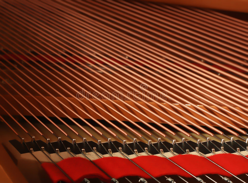 钢琴字符串 库存照片