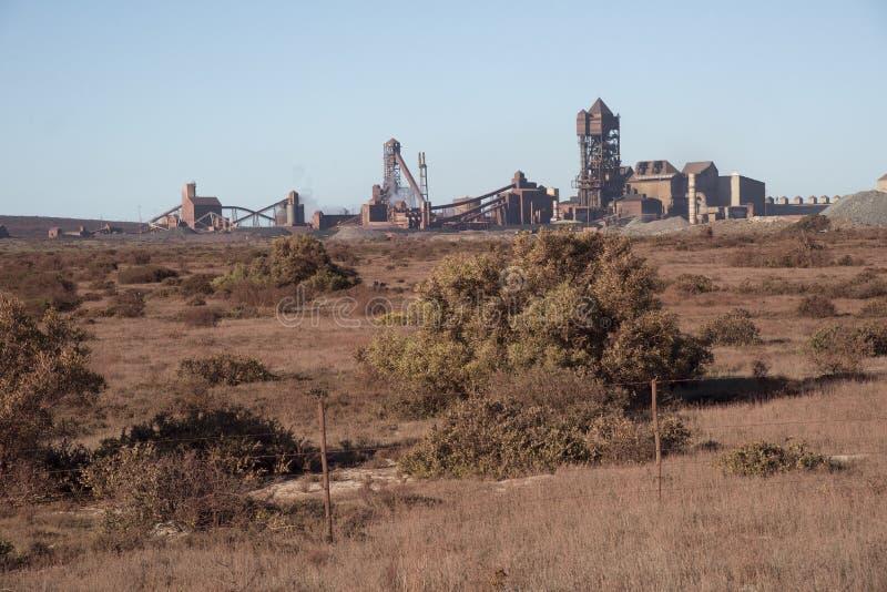 钢铁制品工厂外部南非 免版税库存图片