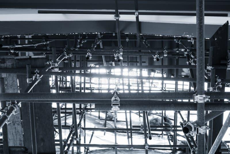 Download 钢建筑样式修造工业 库存图片. 图片 包括有 增长, 管道, 详细资料, 商业, 平台, 封锁, 布琼布拉 - 62537717