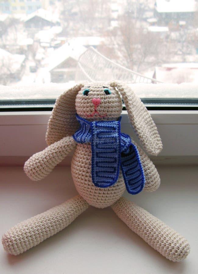 钩针编织野兔 免版税库存照片