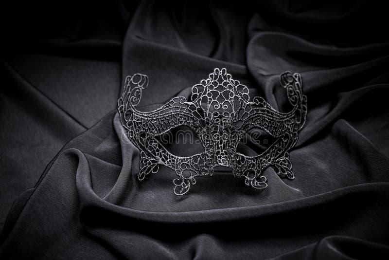 钩针编织狂欢节面具 库存照片