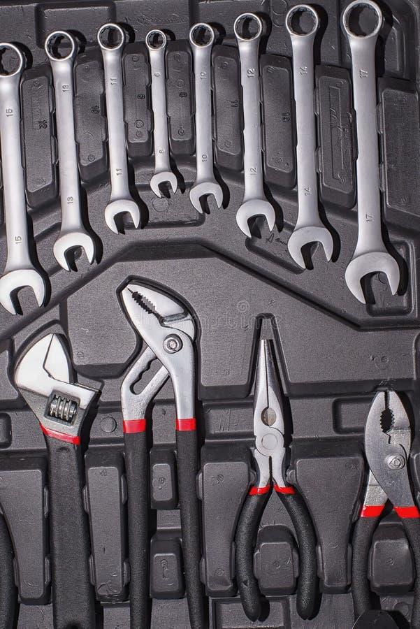 钳子和圆环扳手 库存图片