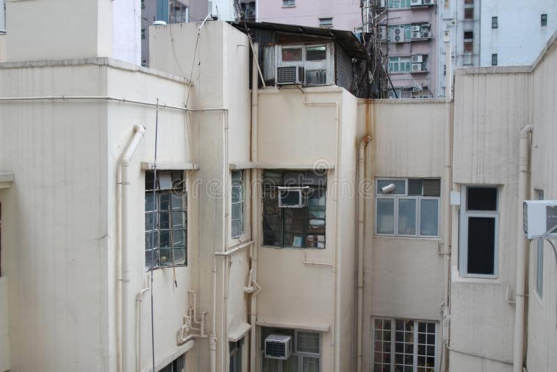 Download 钳子lau在香港湾仔 库存照片. 图片 包括有 场面, 苍白, 舱内甲板, 人口, 拱道, 任何地方, 贫穷 - 101438724