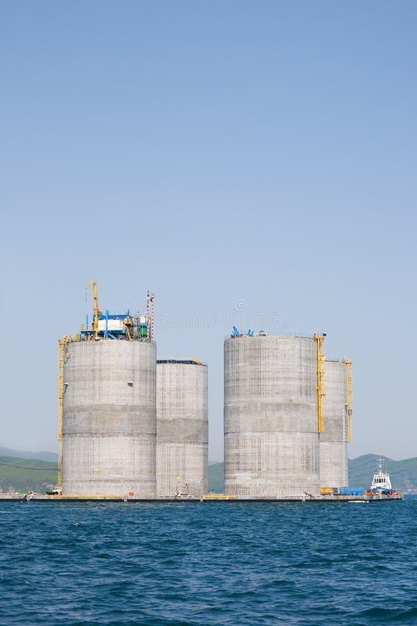 钻井的近海石油平台 库存图片