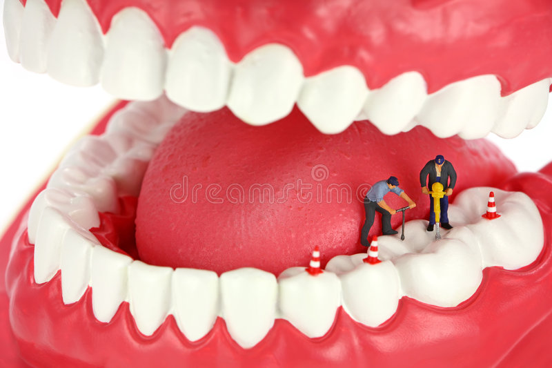 钻牙工作者 免版税库存照片