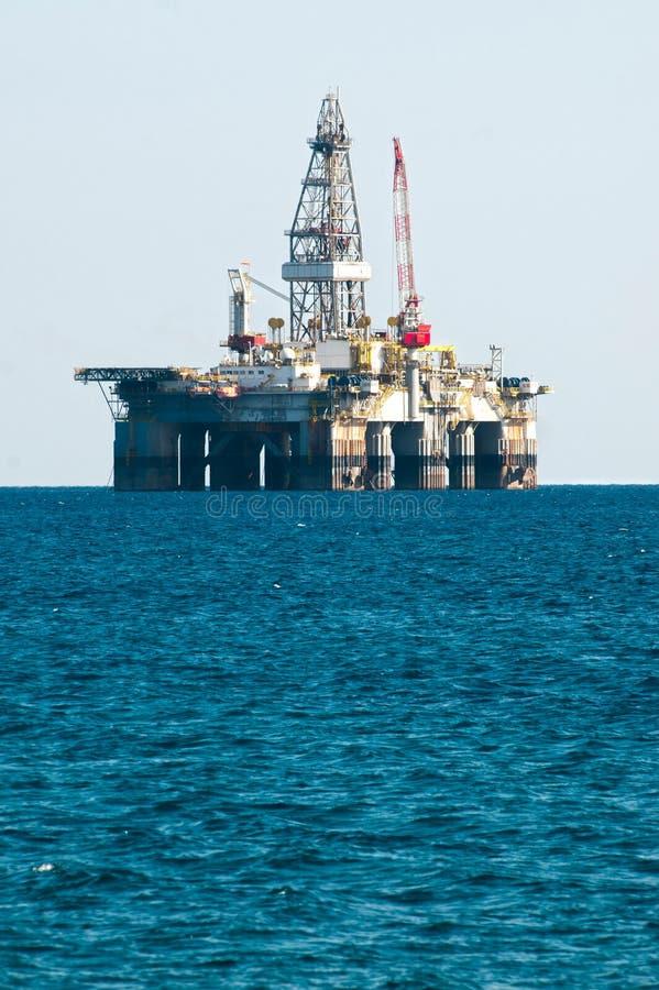 钻石油平台船具海运 免版税库存照片
