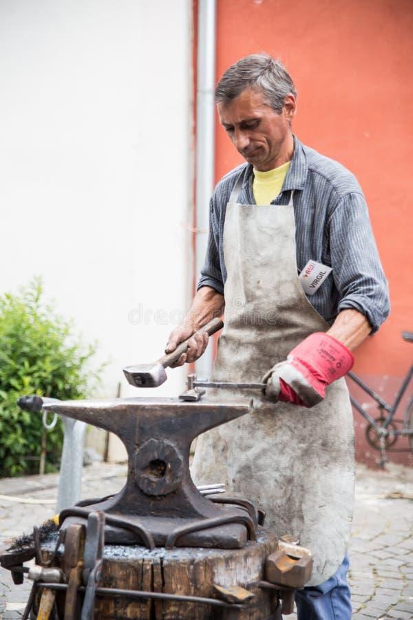 铁匠 编辑类照片