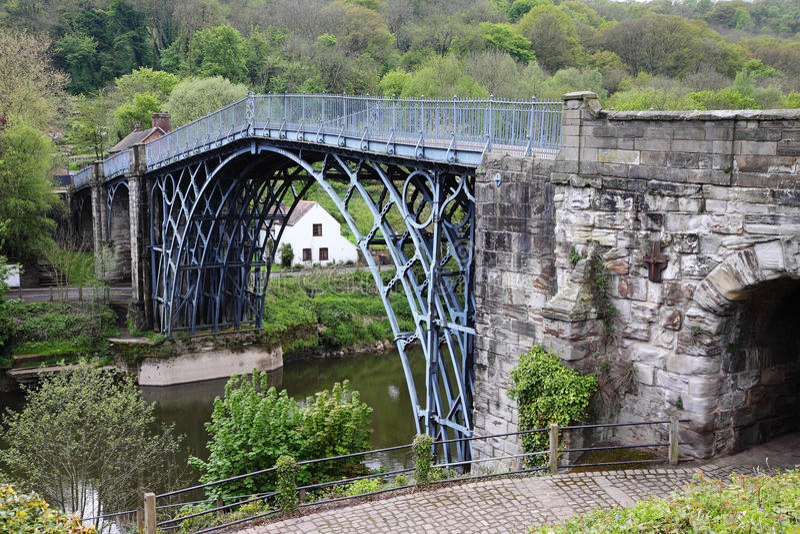铁桥梁在萨罗普郡,英国 库存图片