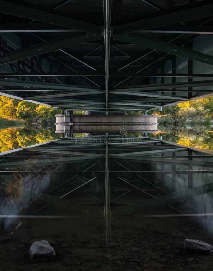 铁桥梁 库存照片