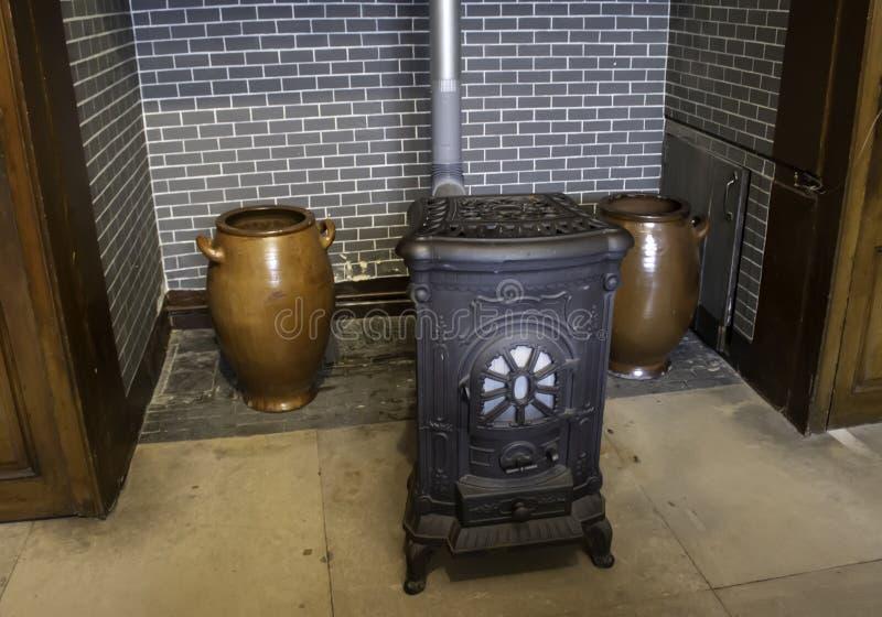 铁老火炉 免版税库存照片